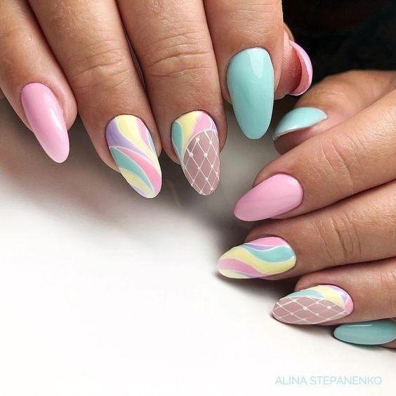 Kolorowe paznokcie na wiosnę