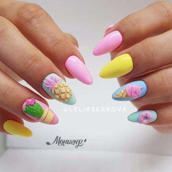 Kolorowe paznokcie z wzorkami