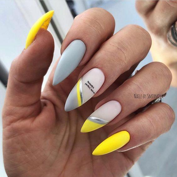 Żółte paznokcie na lato