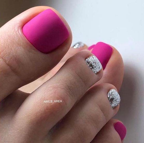 Matowe paznokcie u stóp