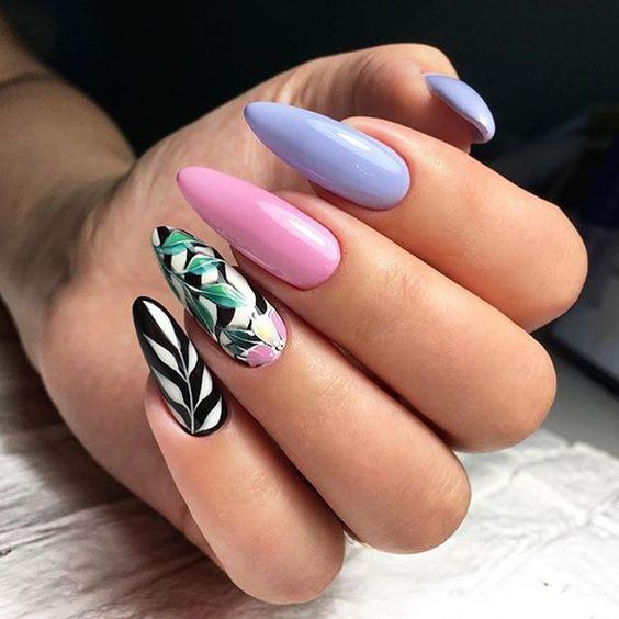 Niebiesko różowe paznokcie na lato