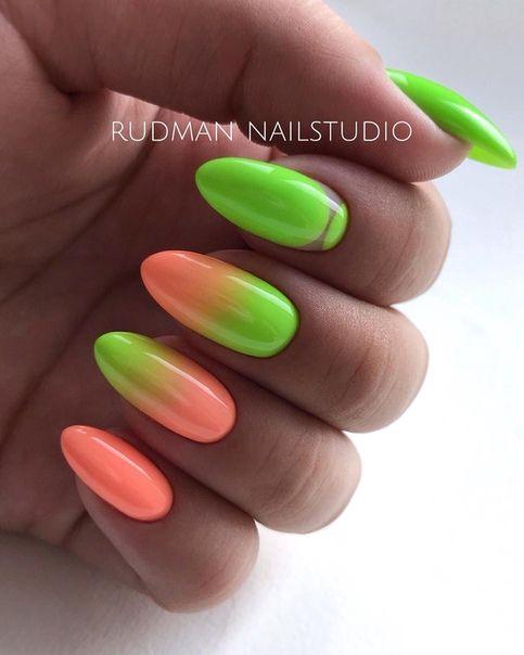 Zielone paznokcie z ombre