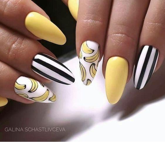Żółte paznokcie z bananami