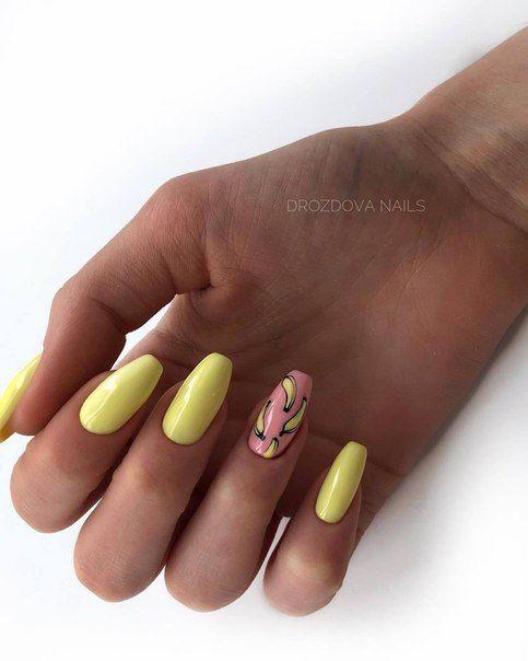 Żółte paznokcie z wzorkami na lato
