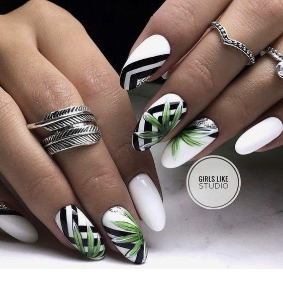 Biało czarne paznokcie z liśćmi