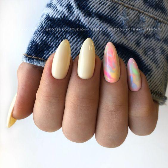 Kolorowe paznokcie z wzorkiem