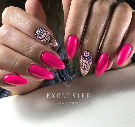 Malinowe paznokcie z cyrkoniami