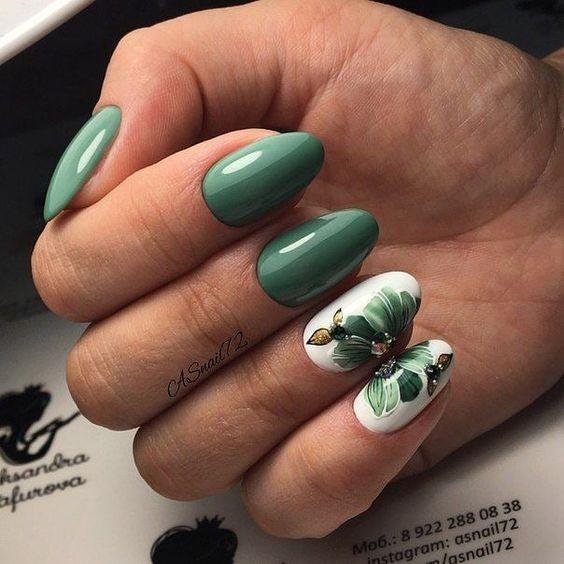 Zielone paznokcie z liściem