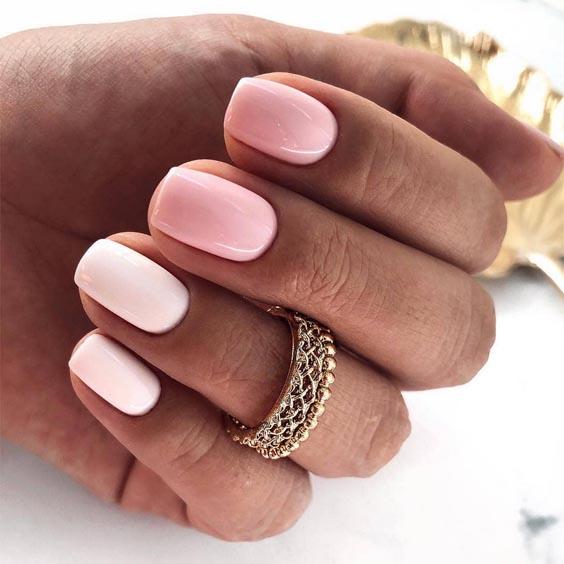 Biało różowe paznokcie do szkoły 2019