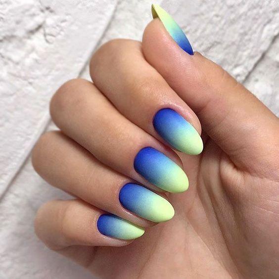 Kolorowe ombre w macie
