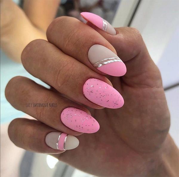 Szaro różowe paznokcie matowe