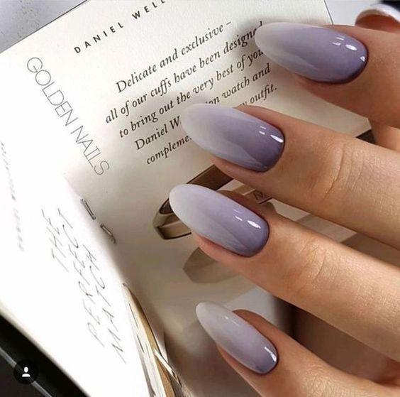 Szaro białe ombre na paznokciach