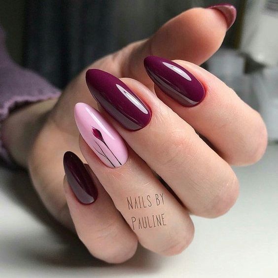 Bordowe paznokcie z wzorkiem na jesień