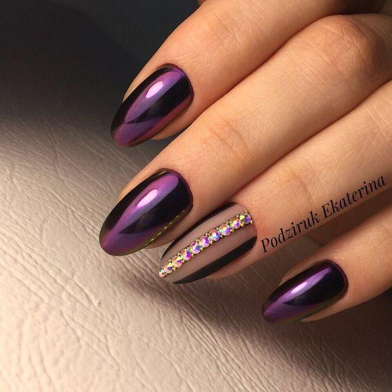 Błyszczące paznokcie na sylwestra