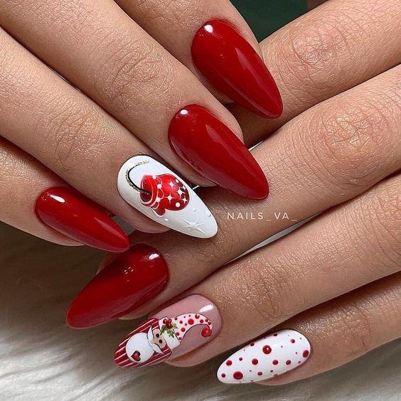 Czerwone paznokcie na zimę