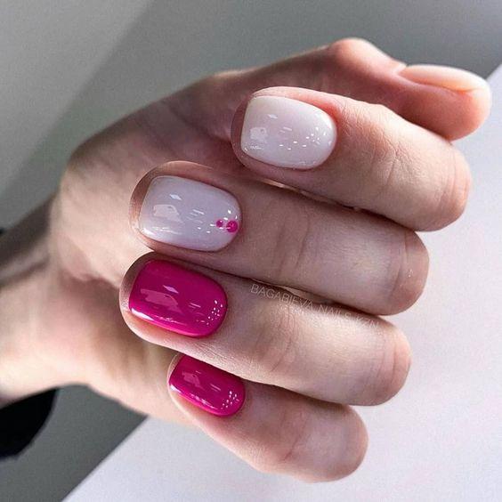 Neonowy różowy manicure 2020