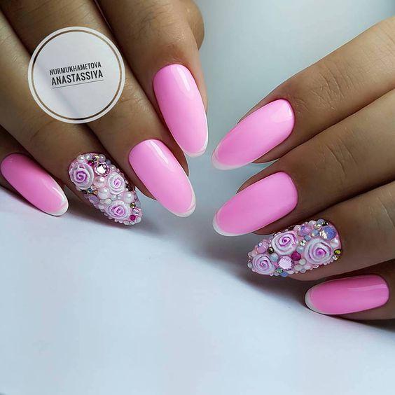 Różowe paznokcie na ślub