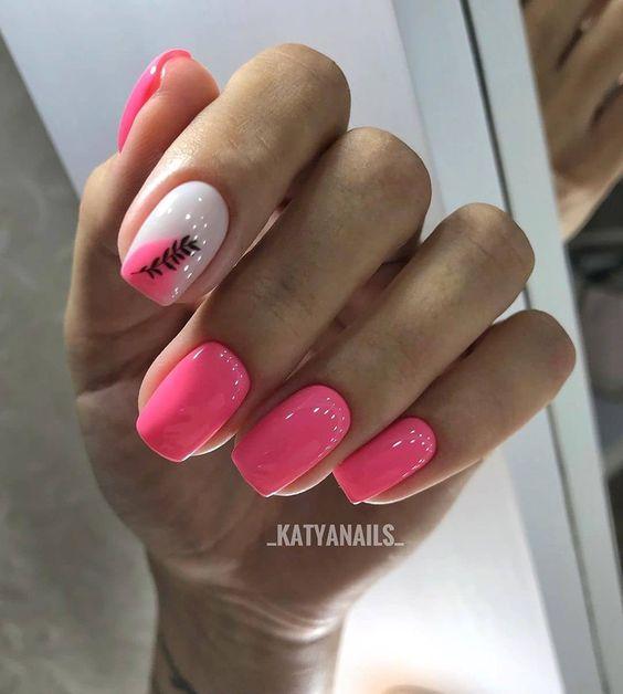 Różowe paznokcie na wiosnę 2020