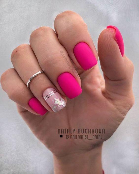 Różowe paznokcie w macie