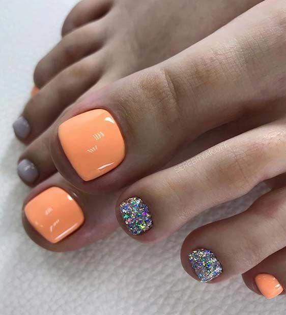 Pomarańczowe paznokcie u stóp