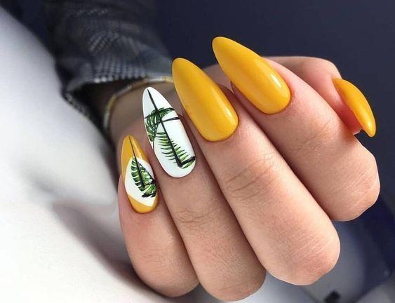 Wakacyjne paznokcie 2020