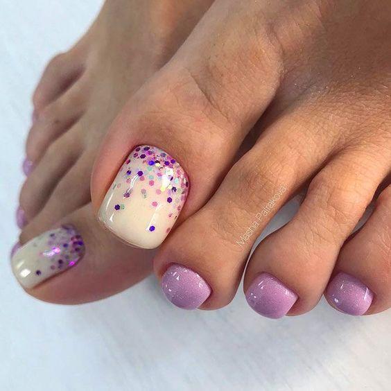Wrzosowe paznokcie u stóp