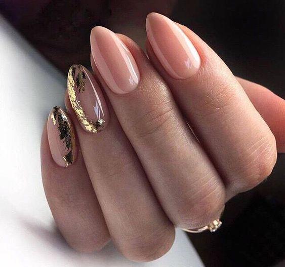 Eleganckie paznokcie ślubne