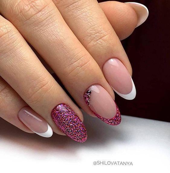 French na manicure ślubnym
