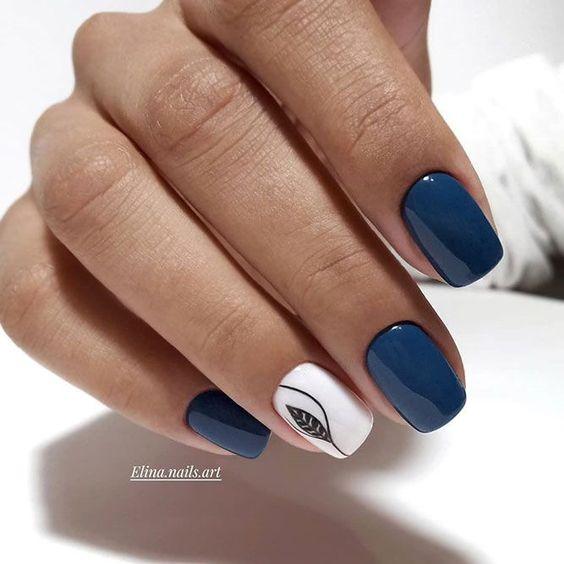 Niebieskie paznokcie na jesień