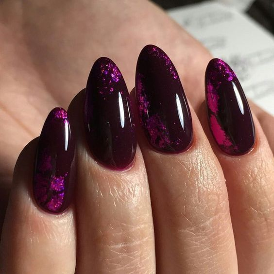 Fioletowy manicure na jesień