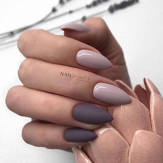 Szaro fioletowe paznokcie na jesień