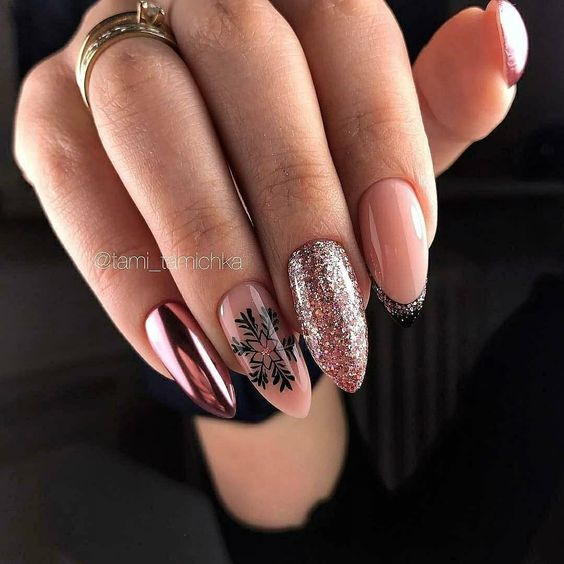 Różowe paznokcie na zimę