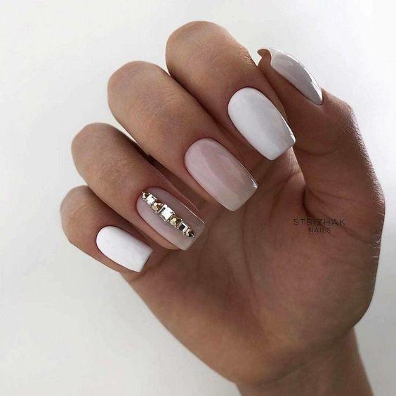 Naturalne białe paznokcie
