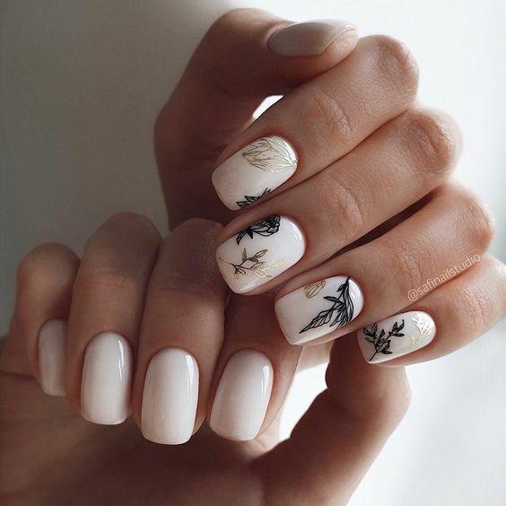 Jasny manicure na wiosnę