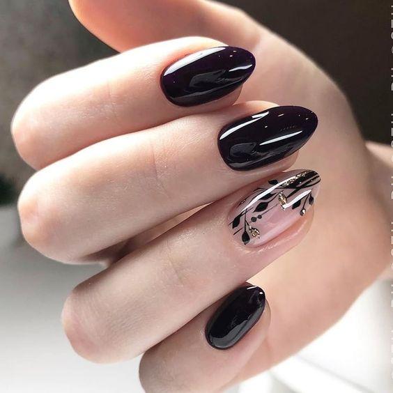 Czarne paznokcie z wzorkami do czerwonej sukienki