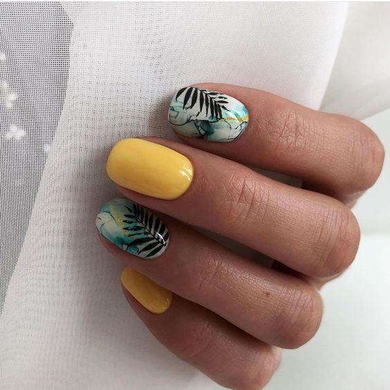 Letnie paznokcie z wzorkami