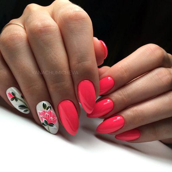 Neonowe czerwone paznokcie