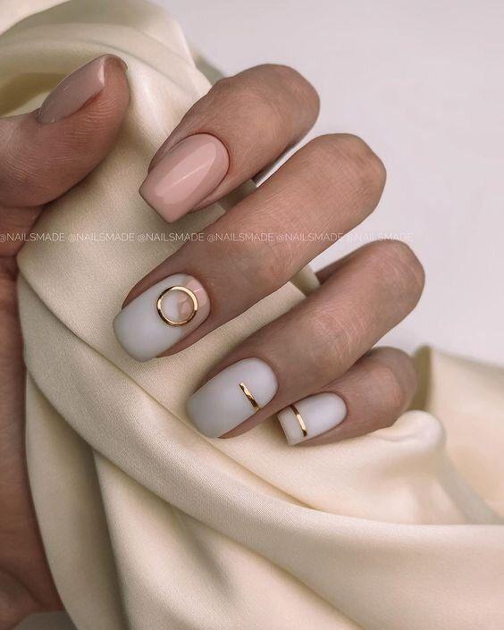 Delikatne eleganckie paznokcie