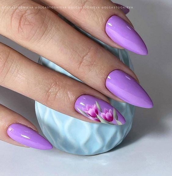 Wrzosowe paznokcie w kwiaty