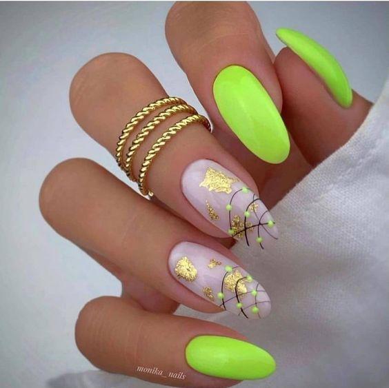 Jaskrawe zielone paznokcie