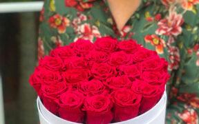 Róże wieczne – kwiaty, które cieszą zmysły przez lata